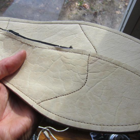 The first pair of orthotics made from my latest buffalo hide purchase. Beautiful cream/natural color - old world tanned. Sweet! (Shown here new - not filled yet.)